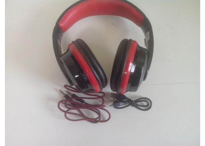 20 functional headphones  earphones or headsets   kotion  intex etc   5th dec %281%29