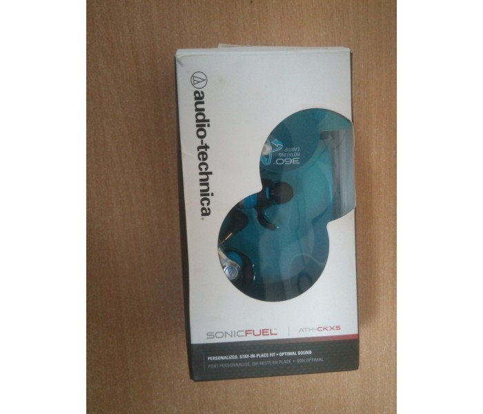 60 fully functional audio technica earphone or headphone    9th jan %282%29